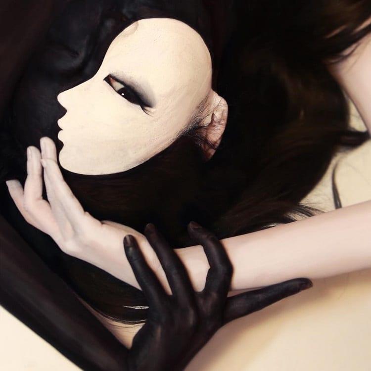 dain-yoon-illusion-makeup-15