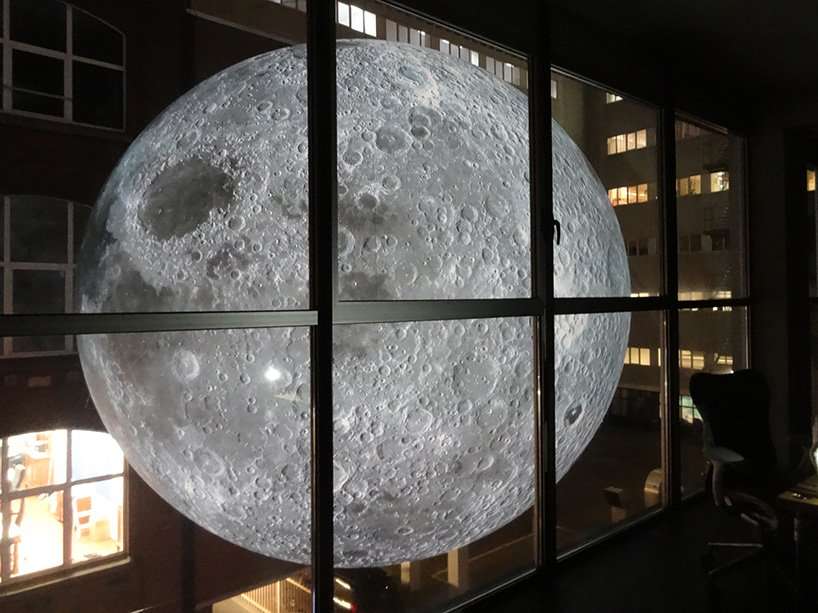 luke-jerram-museum-of-the-moon-designboom-013