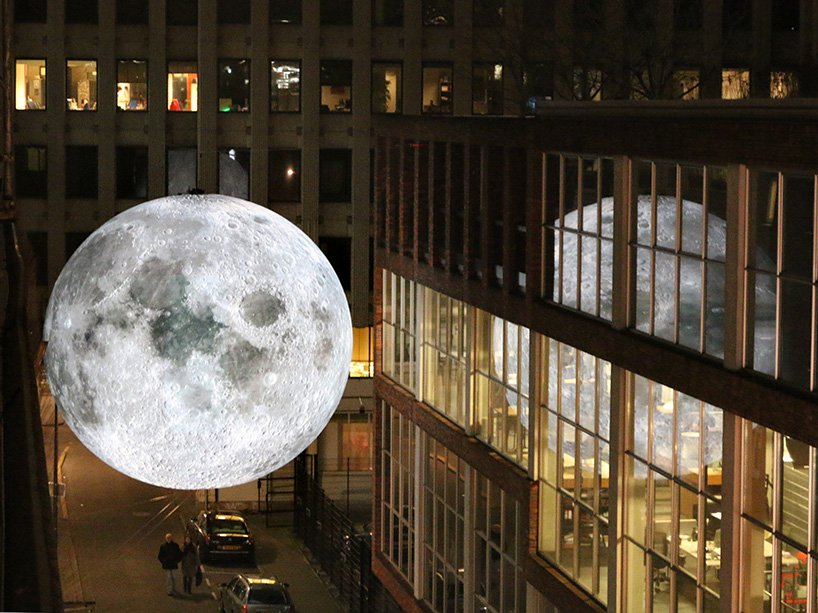 luke-jerram-museum-of-the-moon-designboom-08