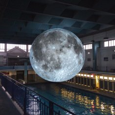 luke-jerram-museum-of-the-moon-designboom-1