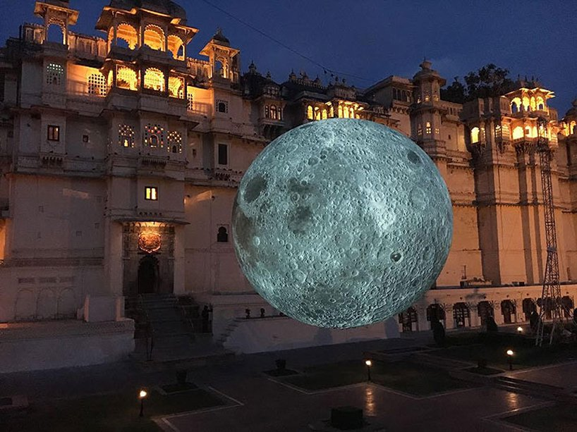 luke-jerram-museum-of-the-moon-designboom-2