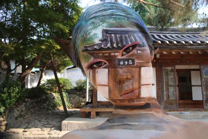 optical-illusion-makeup-artist-dain-yoon-4-595385344db97__700