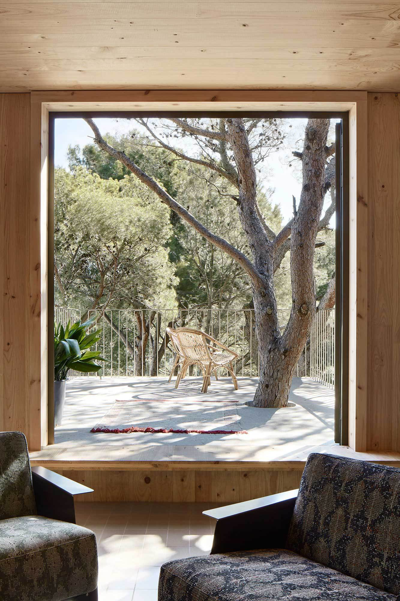 Two-Cork-Houses-Palafrugell-Costa-Brava-by-Lopez-Rivera-Architects-Yellowtrace-07