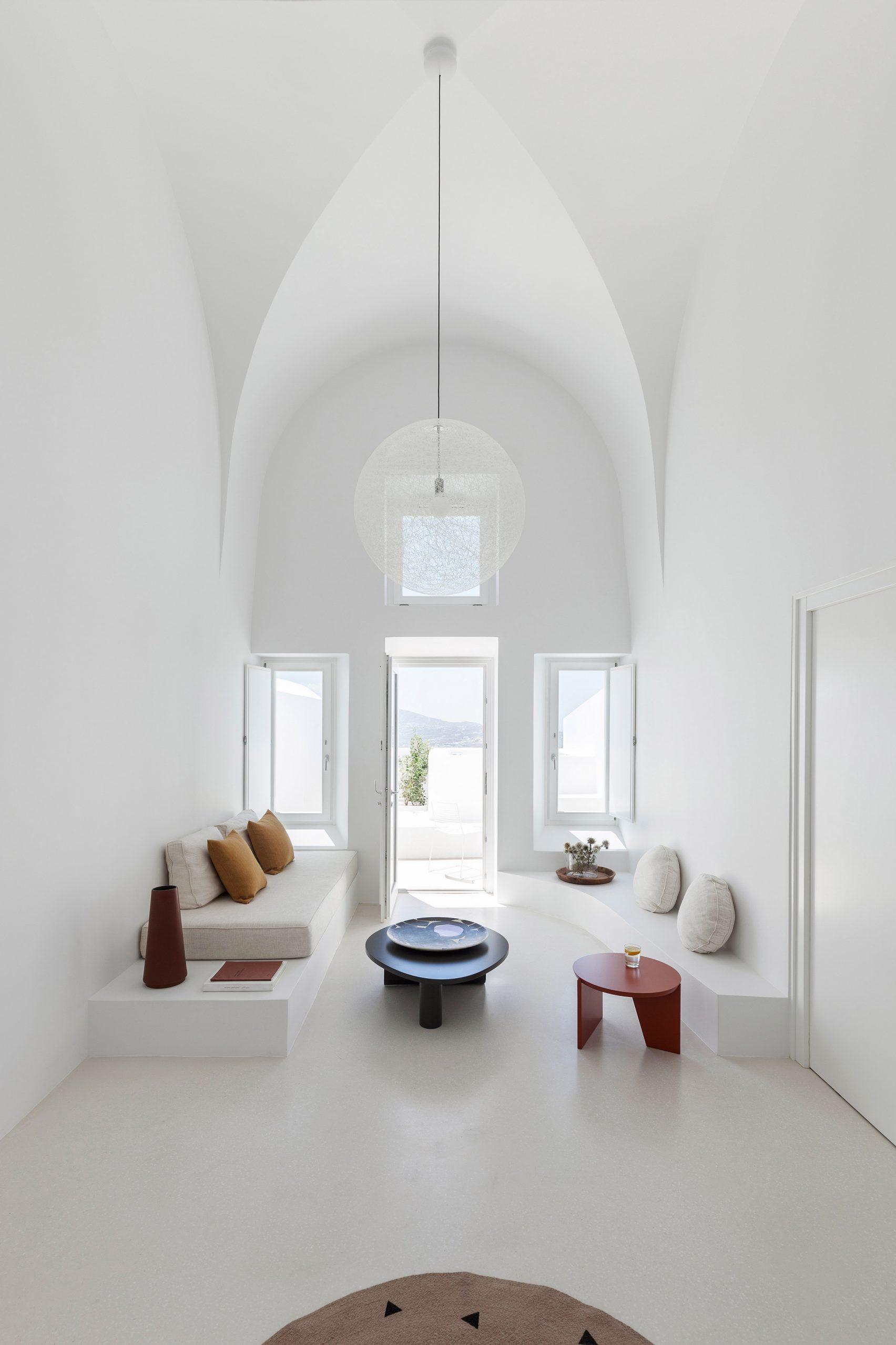 summer-residence-santorini-kapsimalis-architects-greece-architecture_dezeen_2364_col_16-1704x2556