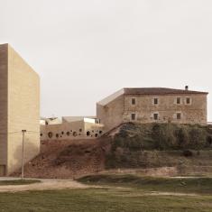 thisispaper_Mariela-Apollonio_Ribera_del_Duero_Headquarters_III_Barozzi_Veiga_02