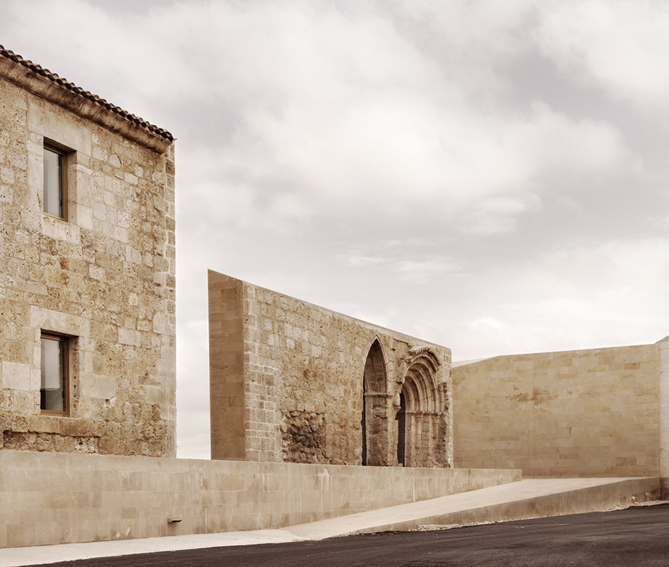 thisispaper_Mariela-Apollonio_Ribera_del_Duero_Headquarters_III_Barozzi_Veiga_04