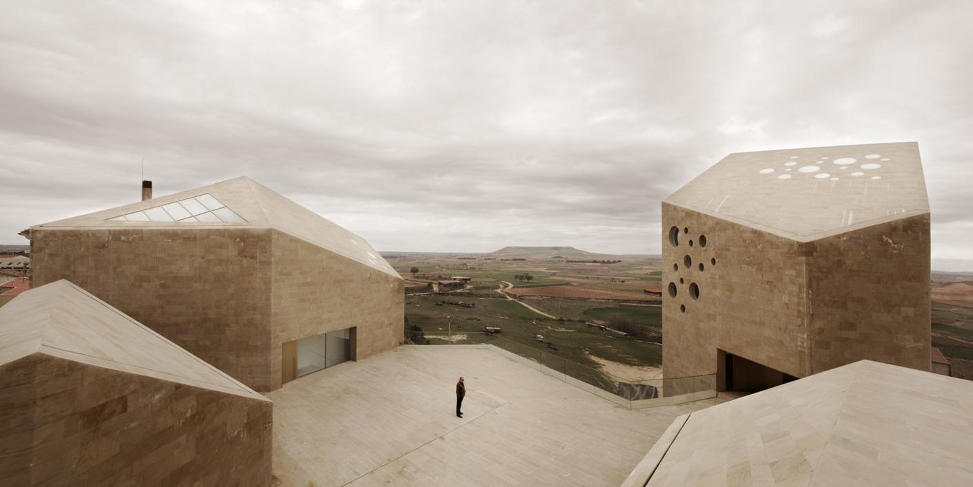thisispaper_Mariela-Apollonio_Ribera_del_Duero_Headquarters_III_Barozzi_Veiga_06