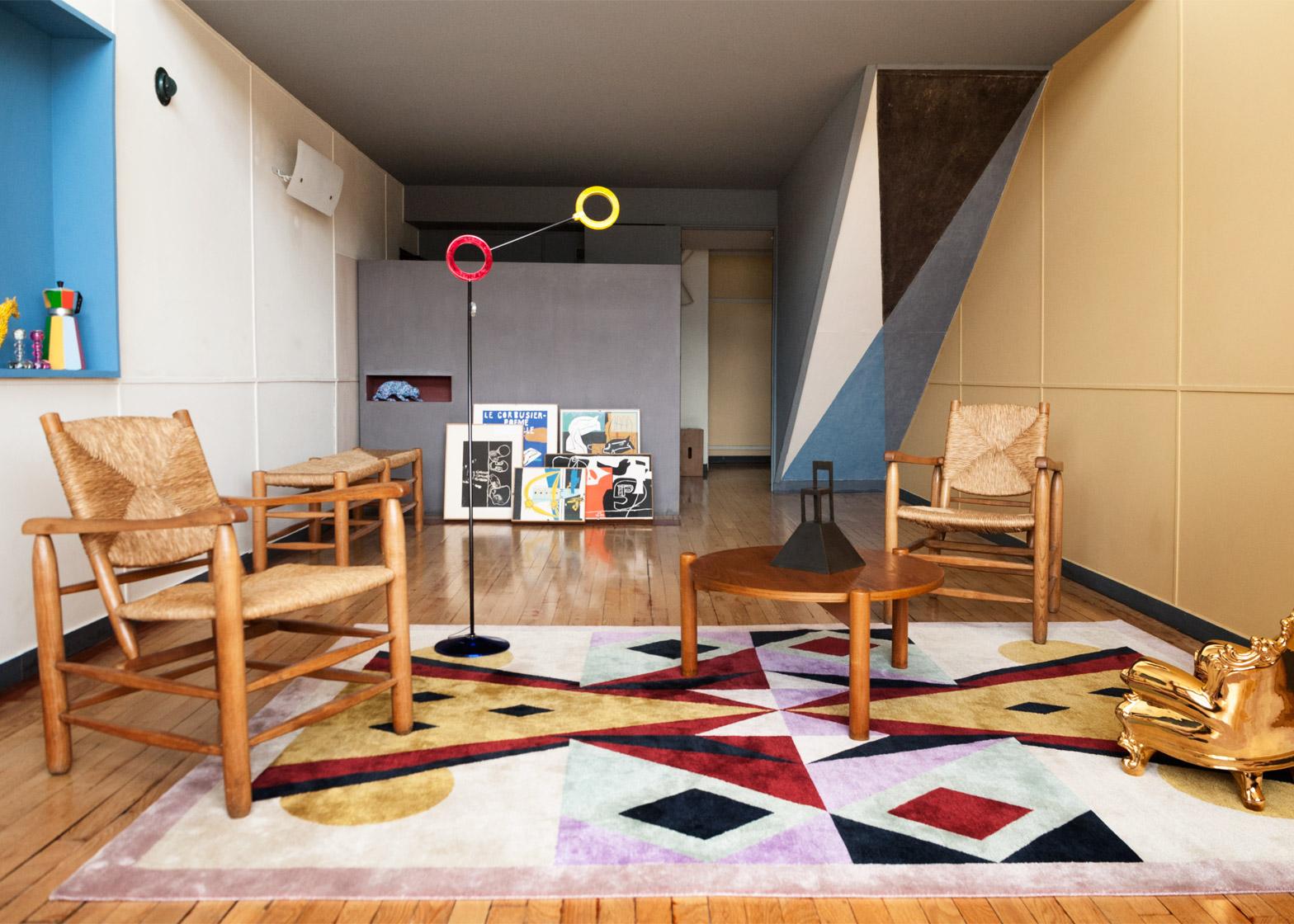 appartement-50-alessandro-mendini-cite-radieuse-corbusier_dezeen_1568_0