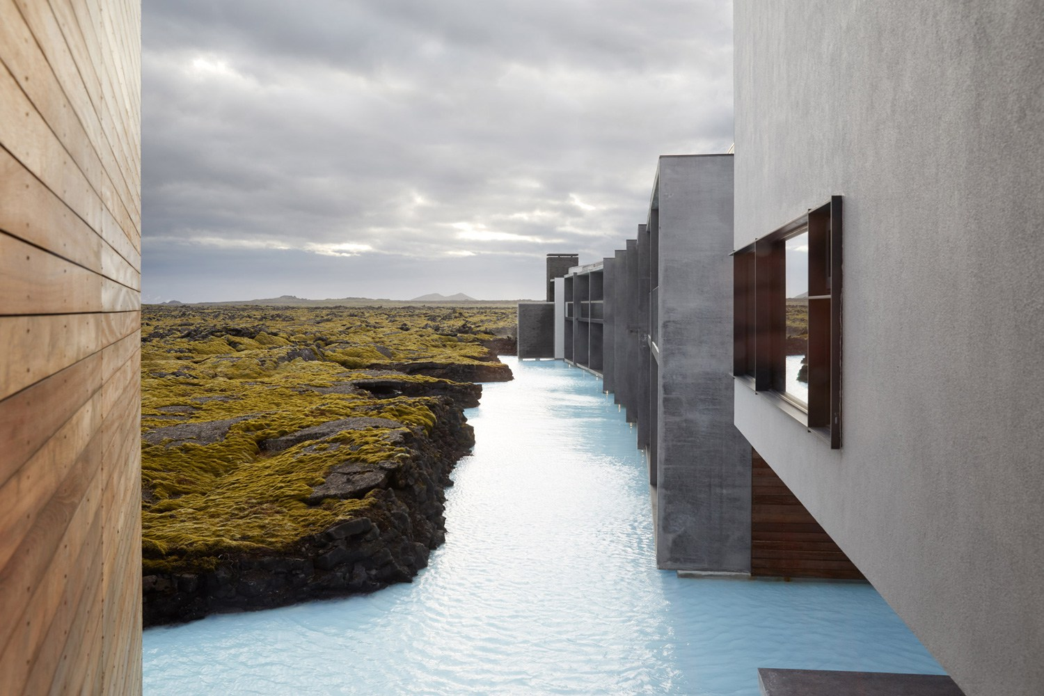 The-Retreat-Hotel-at-Blue-Lagoon-in-Grindavik-Iceland-Yellowtrace-05