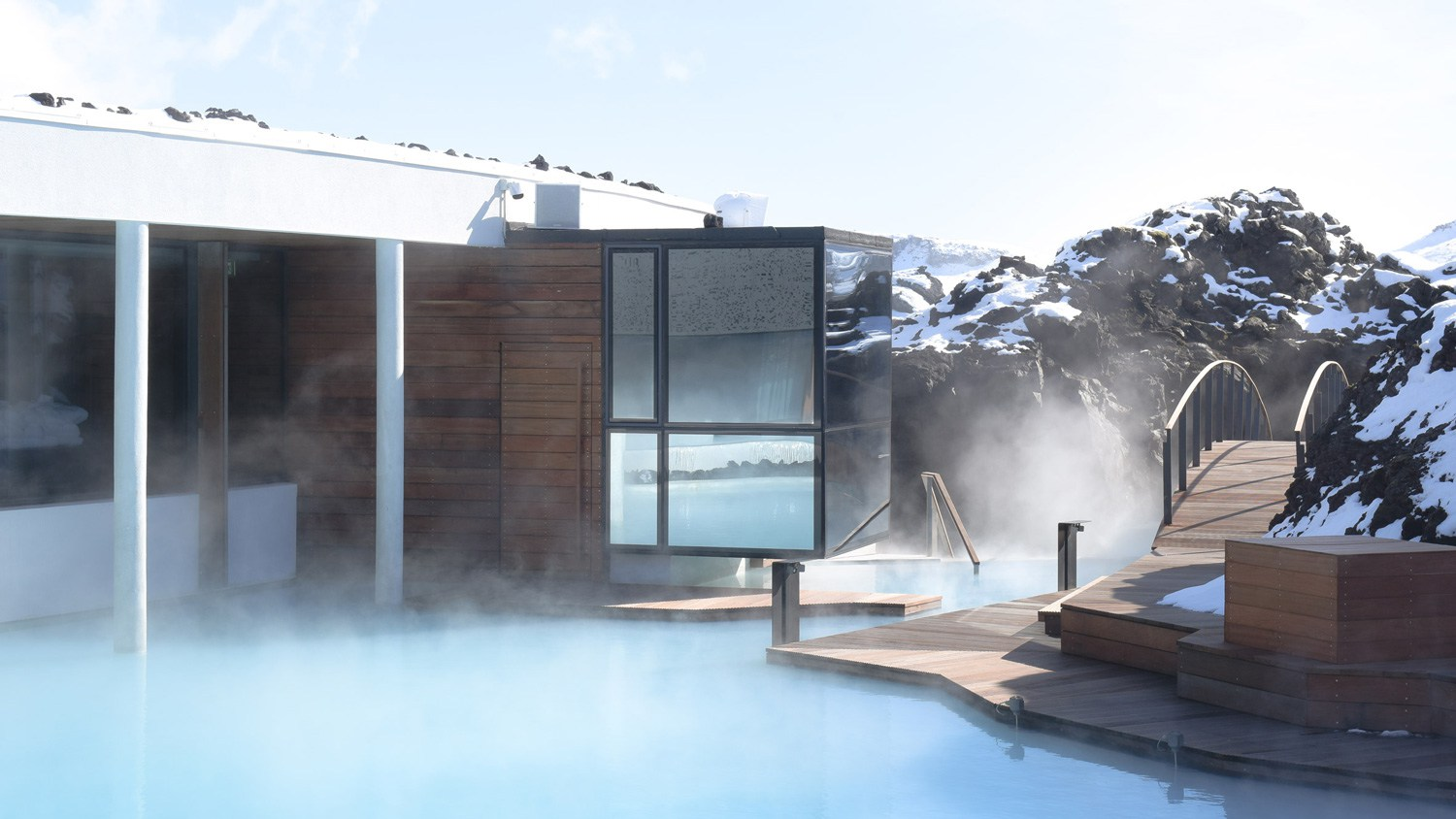 The-Retreat-Hotel-at-Blue-Lagoon-in-Grindavik-Iceland-Yellowtrace-06