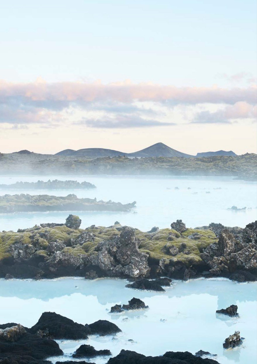 The-Retreat-Hotel-at-Blue-Lagoon-in-Grindavik-Iceland-Yellowtrace-22