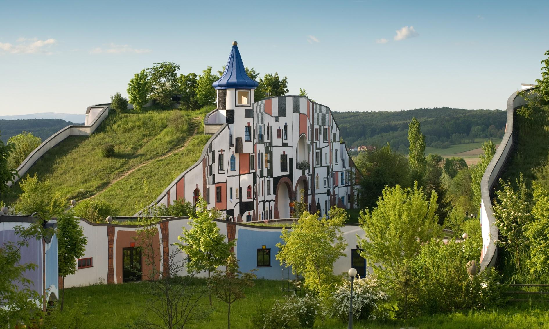 Hotel_Therme_Rogner_Bad_Blumau_Kunsthaus