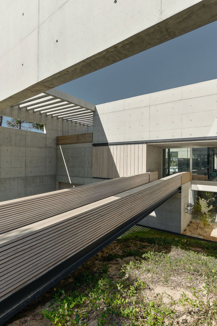 metalocus_guedes_cruz_the_ward_house_10
