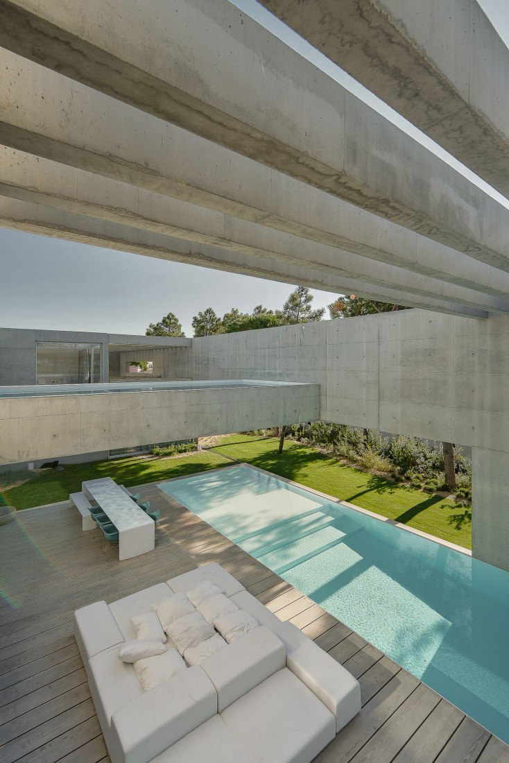 metalocus_guedes_cruz_the_ward_house_22