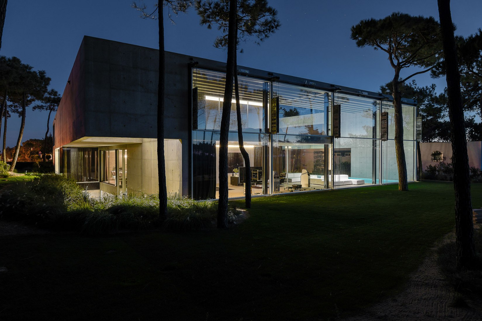 metalocus_guedes_cruz_the_ward_house_44