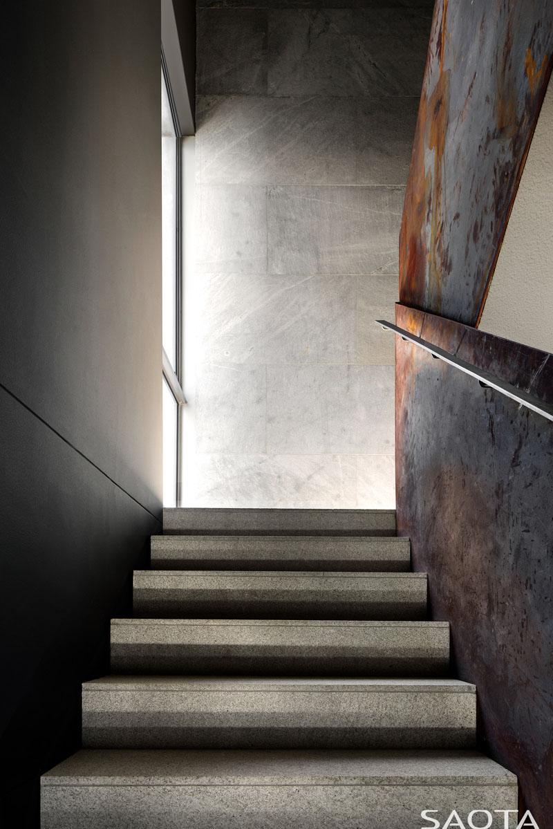 modern-stair-design-181018-1137-04