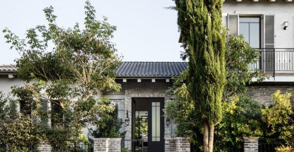 בית בסגנון כפרי ותעשייתי