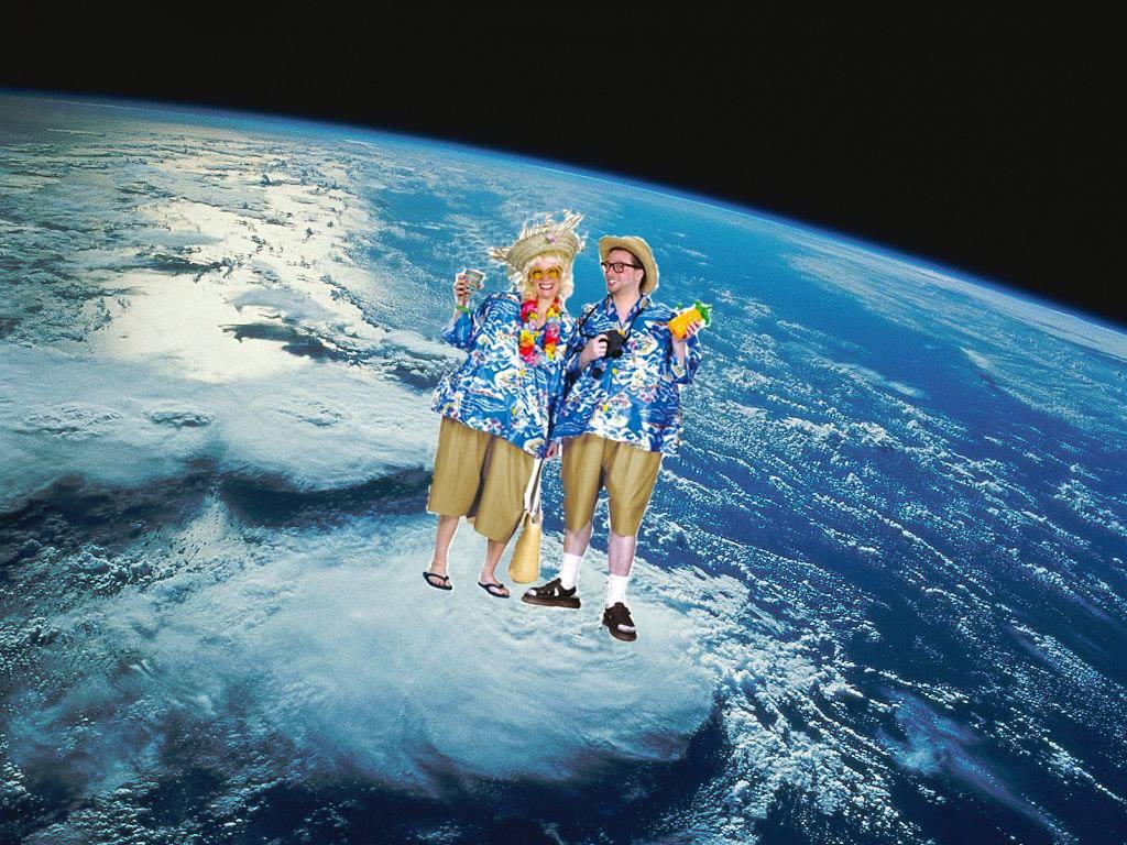 """אסטרונאוטית: """"בקרוב יכריזו על טיסות מוזלות לטיול מחוץ לכדור הארץ"""""""