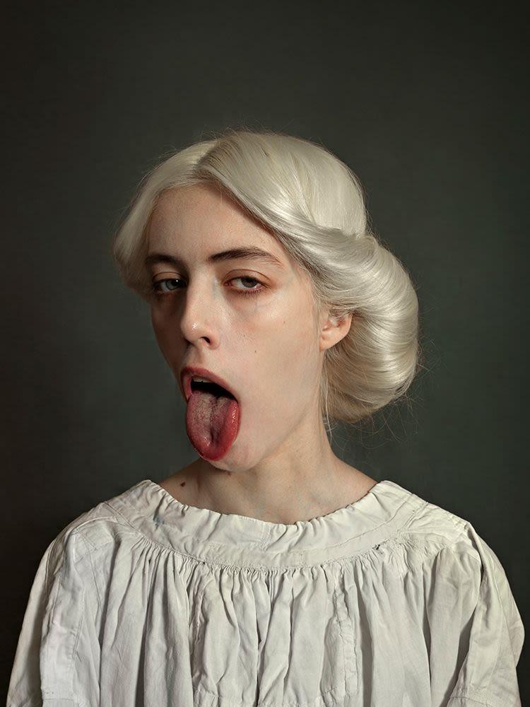 הדוגמניות של רומינה רסיה, יערערו את תפיסת היופי הנשי שלכם