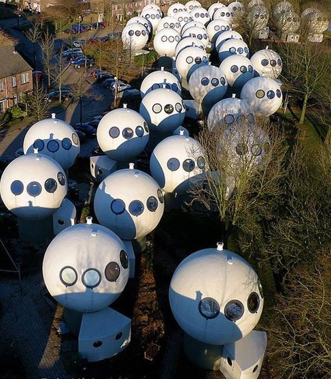 זה לא במאדים: כך נראית עיירה קטנה בהולנד