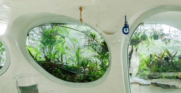 חלל מגורים מפוסל וזורם במומבאי, הודו