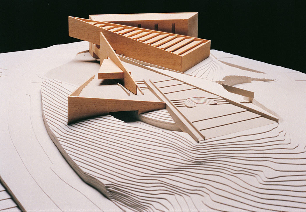 מבני הציבור של אדריכלית ג'וייס אורון