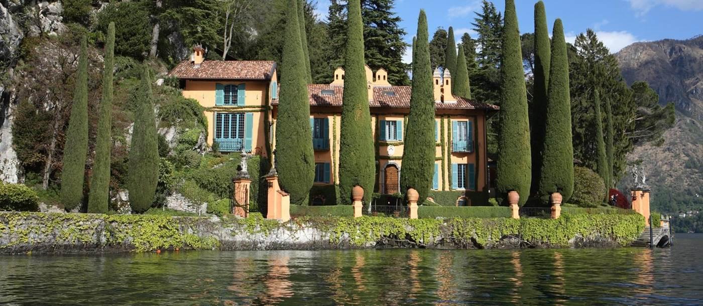 מלון וילה לה קסינלה (Villa la Cassinella)