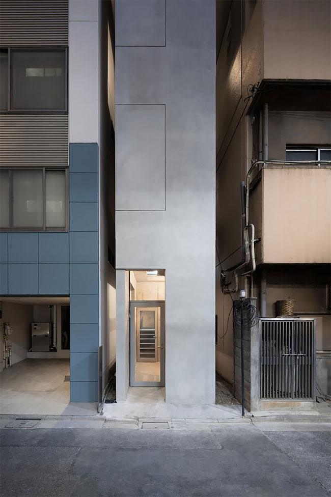 הבניין הרזה בטוקיו