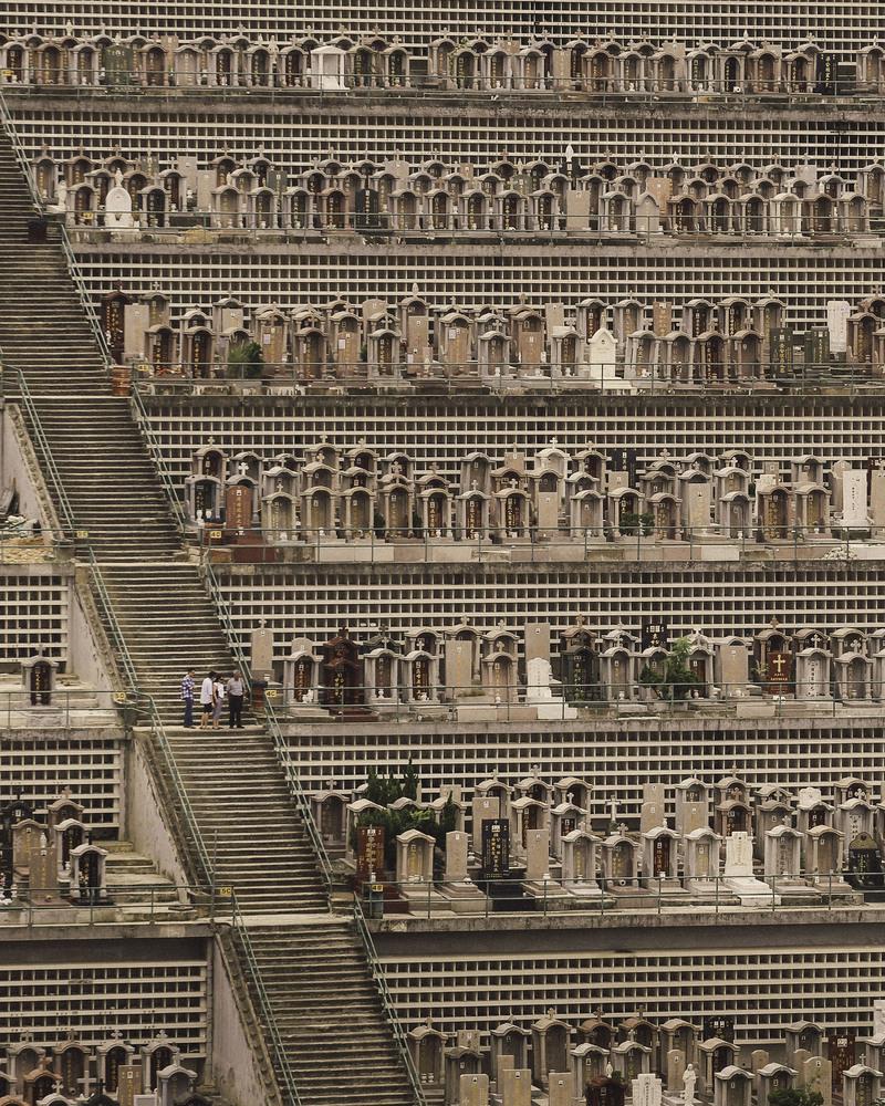 בתי הקברות בהונג קונג מגיעים עד 60 קומות