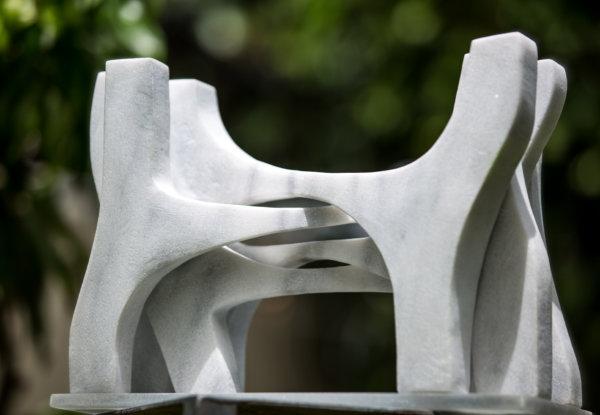 הפסלת גניה גנדלמן