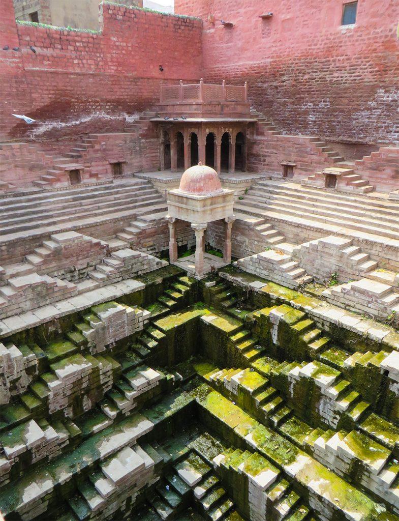 Victoria Lautman תיעדה את בארות המים הקדמוניים של הודו