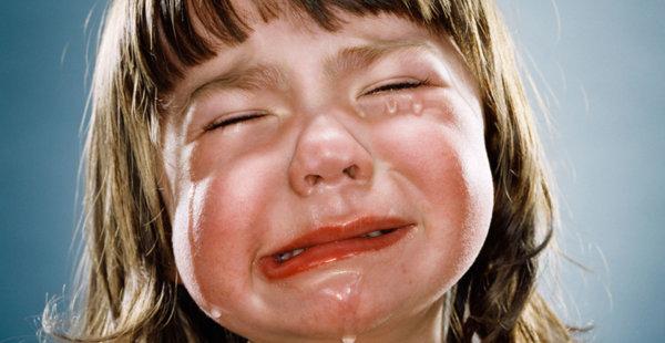 האם לגרום לילדים לבכות למצלמה, נחשב כהתעללות