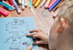 ילד בן 9 קשקש בשעורים – והוזמן לקשט מסעדה
