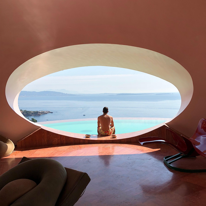 הבועות של האדריכל Antti Lovag