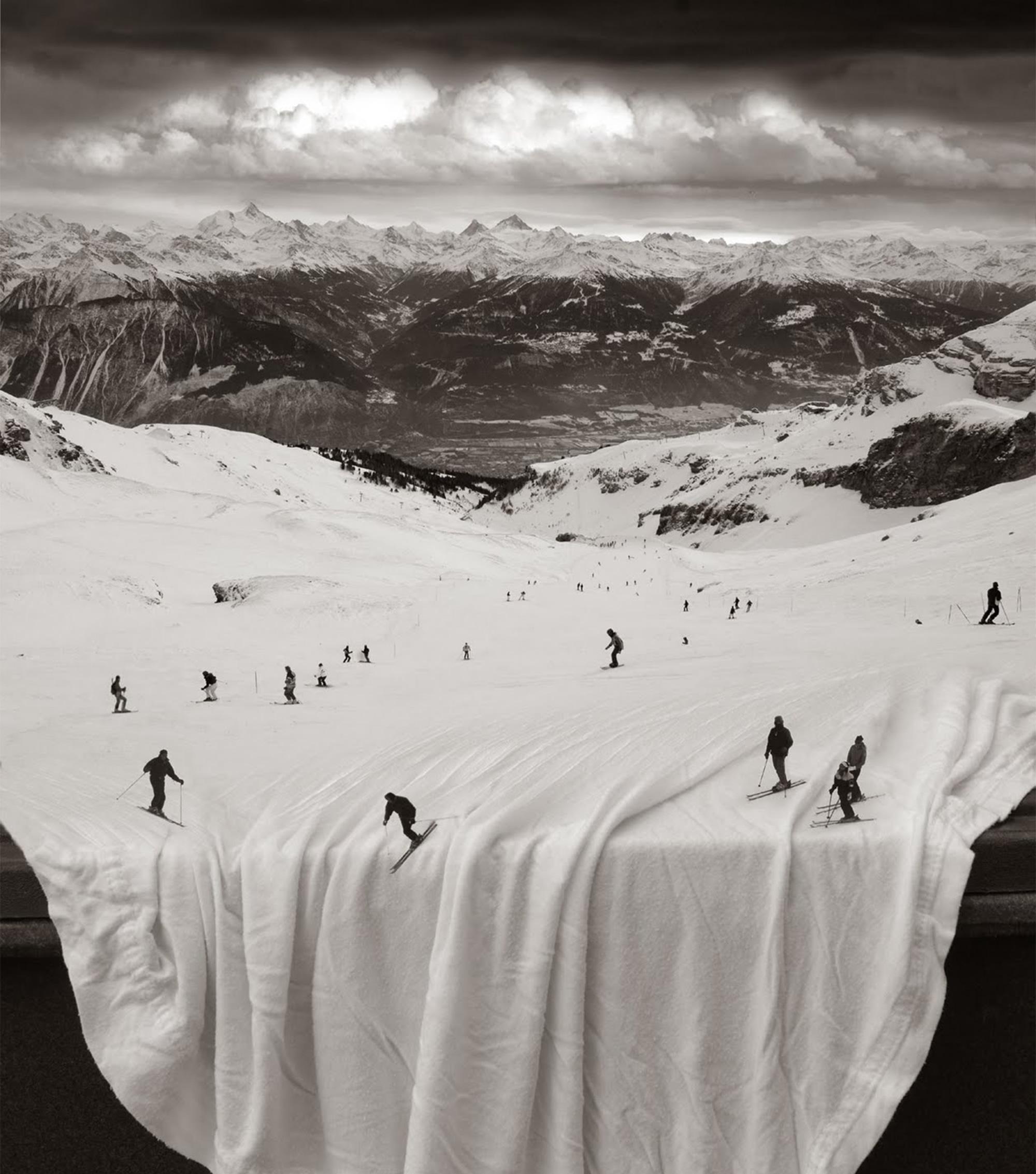 ברוכים הבאים לעולם הסוריאליסטי של הצלם Thomas Barbey