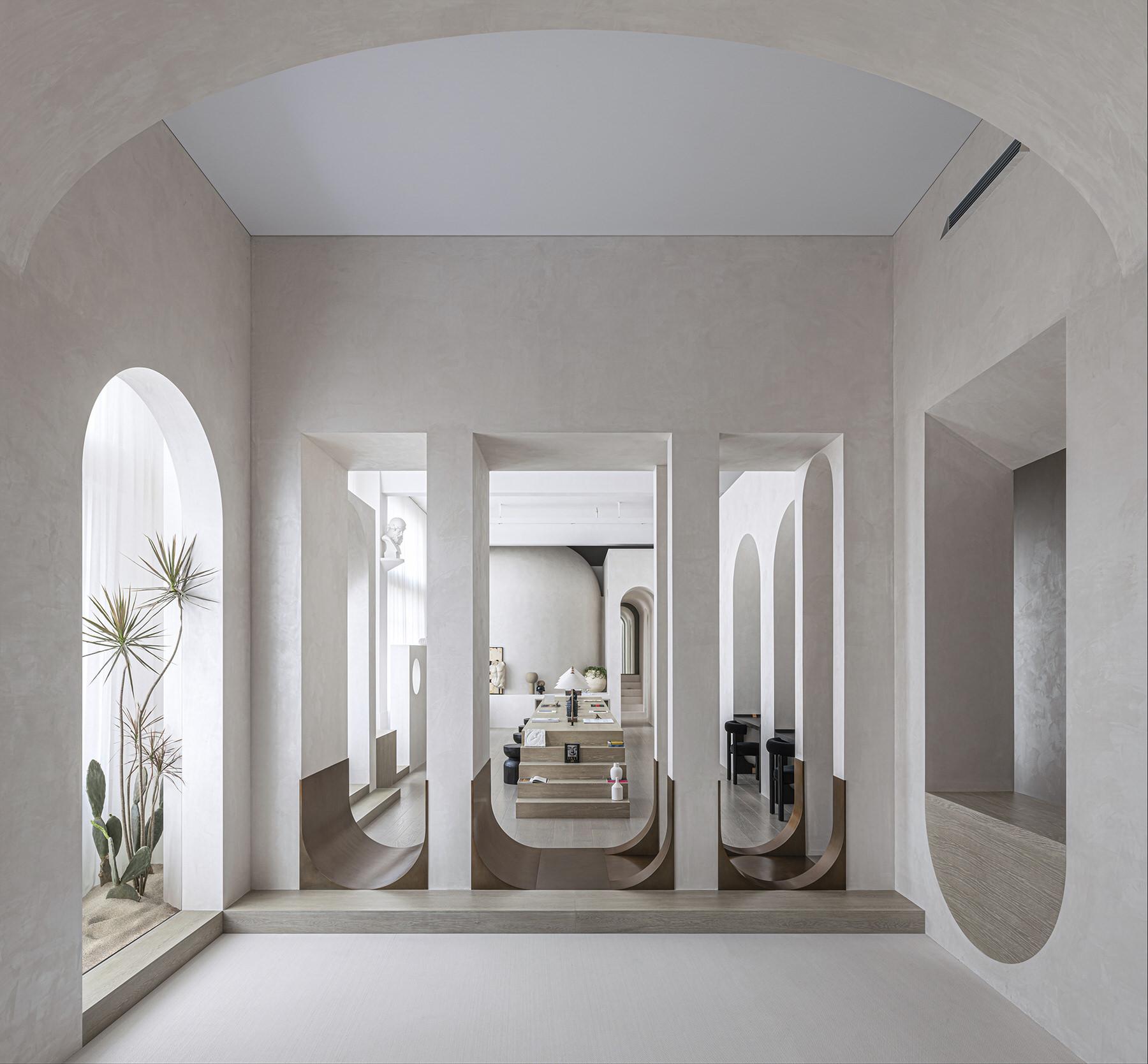 משרד עם ארכיטקטורה קלאסית