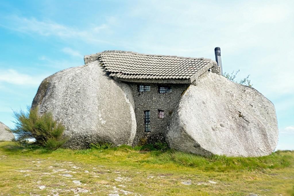 בית אבן בעיצוב פרהיסטורי