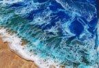 שולחנות לסלון עם רחש גלי הים