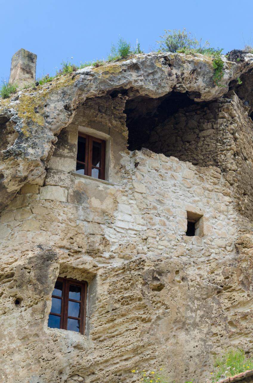 בית הפיות Domus de Janas