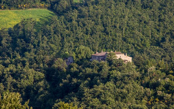 טיול בין הבתים באומבריה, איטליה