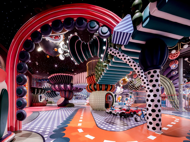 הסטודיו הסיני X + LIVING יצר גן שעשועים לילדים בשנזן