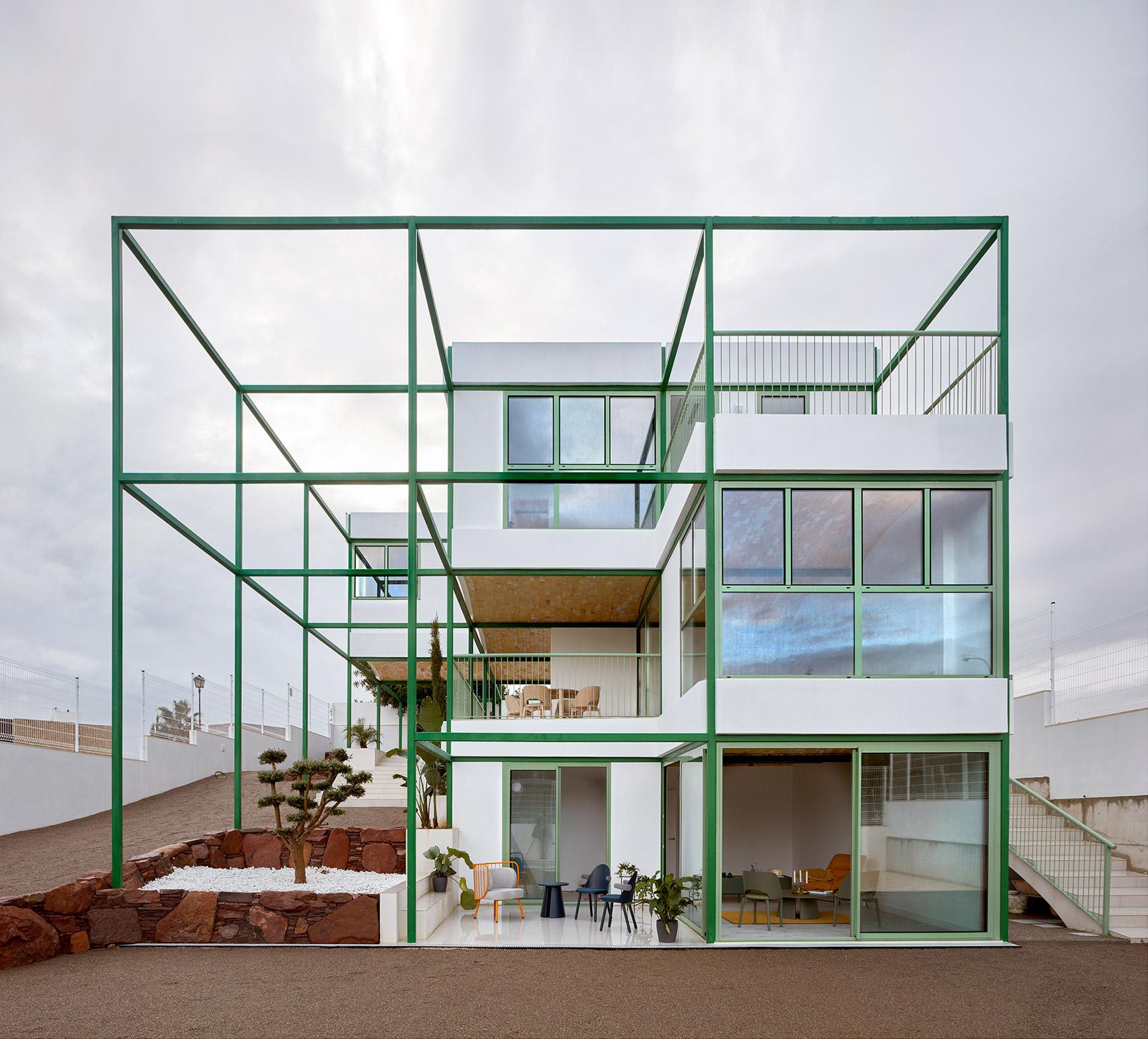 בית לבנים בוולנסיה, ספרד
