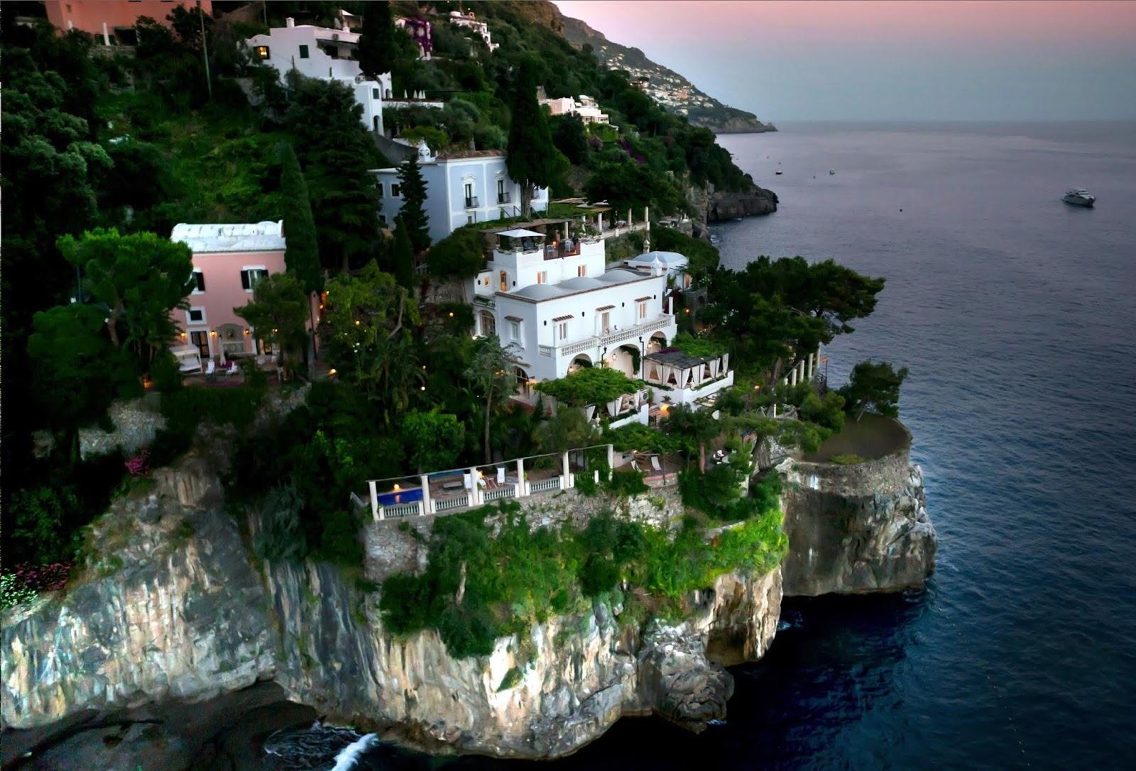 אחוזת הנופשVilla Treville, בחוף Amalfi שבאיטליה