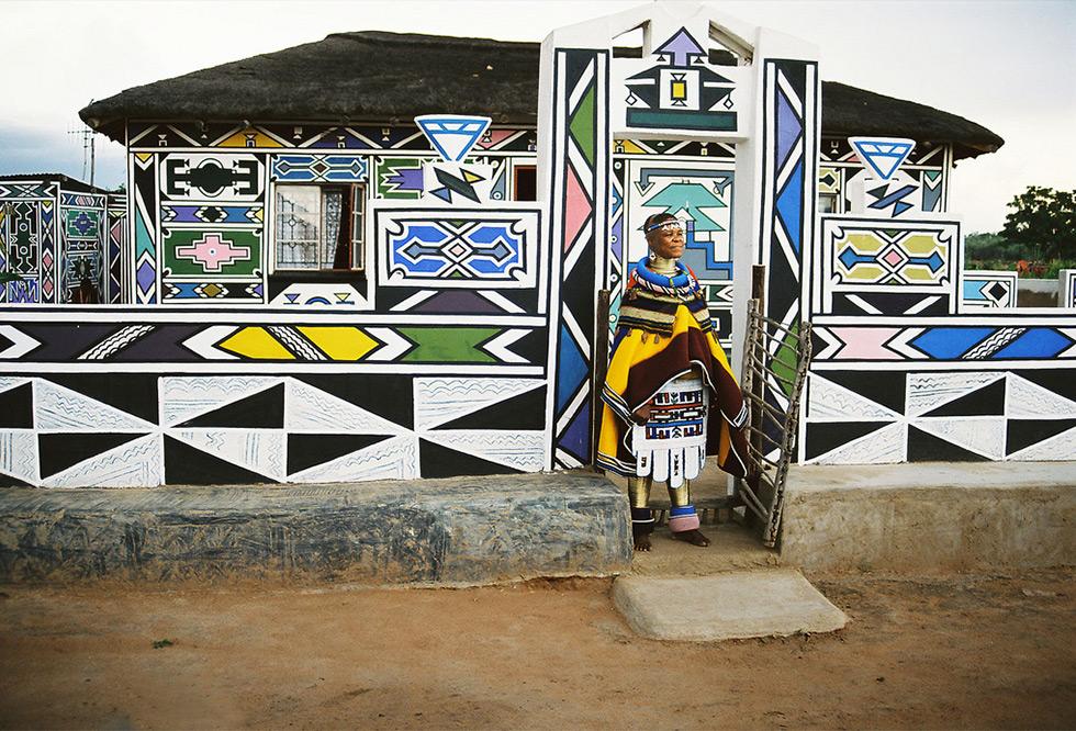 כפרי Ndebele הצבעוניים בדרום אפריקה