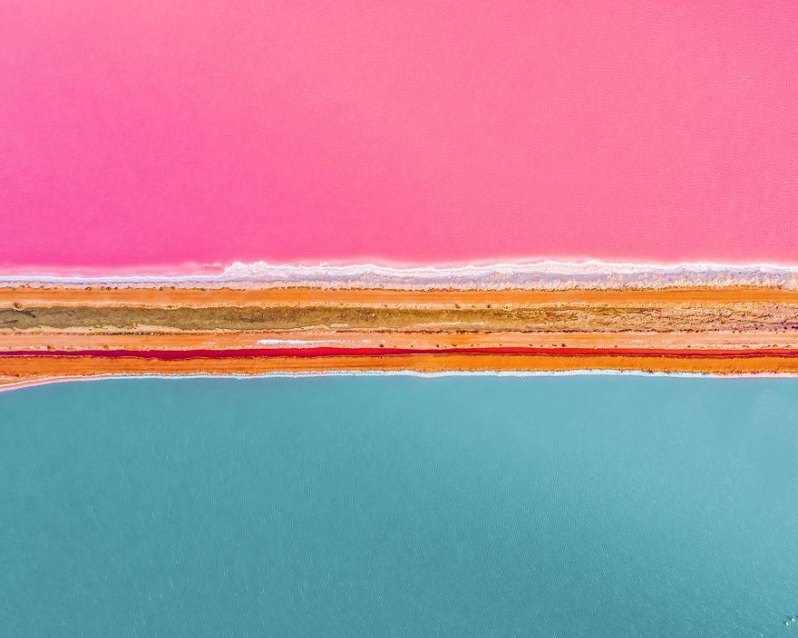 באיזה צבע של אגם אתם רוצים לשחות?