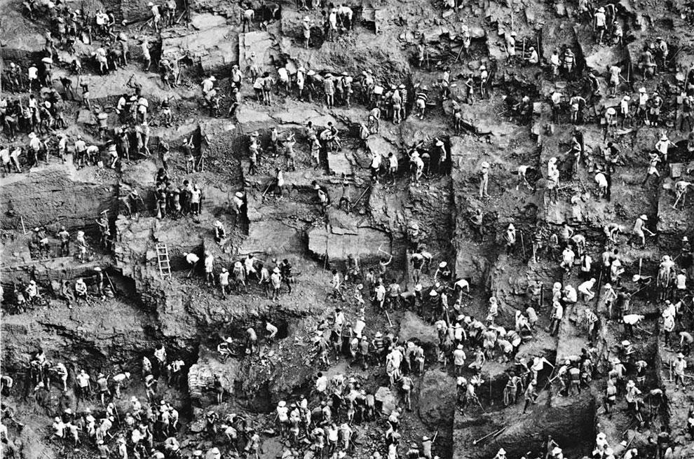 המכרה של הגיהינום ב-Serra Pelada שבאמזונס